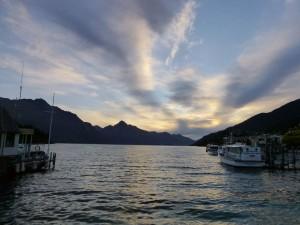 ワカティプ湖夕景