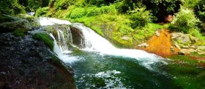 横谷渓谷おしどり隠しの滝