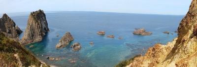 日本の渚百選にも選ばれた島武意海岸