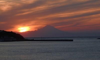 館山国民休暇村からの富士夕景